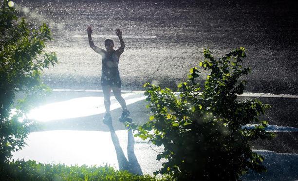 Волгоградцы признались в том, что любят дождь