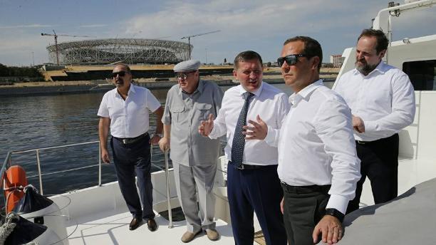 Премьер-министр Дмитрий Медведев не пригласил губернатора Андрея Бочарова к участию в совещании