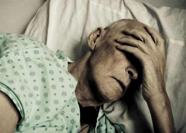 Волгоградские чиновники решили увеличить себе зарплату на стариках