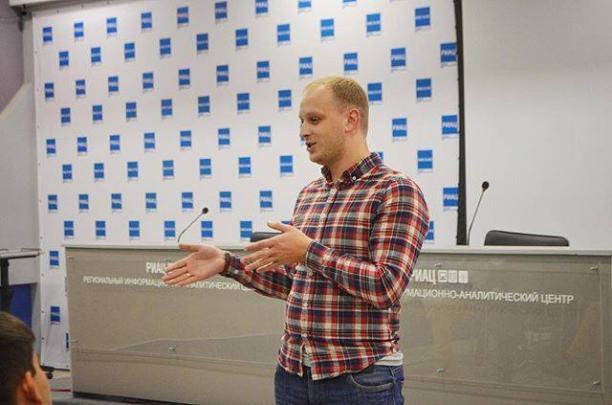 Руководитель волгоградской «Единой России» нарушает правила дорожного движения и не платит штраф
