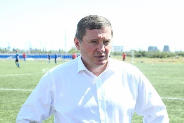 Российские политологи назвали шансы Андрея Бочарова на переизбрание средними
