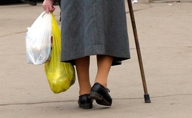 Под Волгоградом сотрудник колонии на Peugeot сбил 80-летнюю пенсионерку
