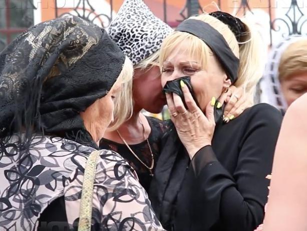 Дело хотят замять, - заявила на похоронах мать погибшего на барже волжанина