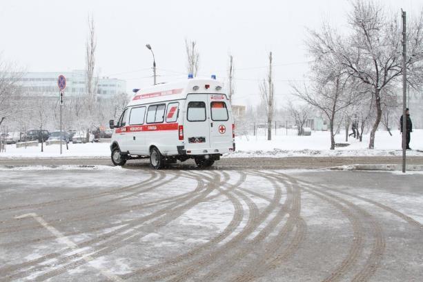 Водитель маршрутки спровоцировал столкновение с автобусом на западе Волгограда