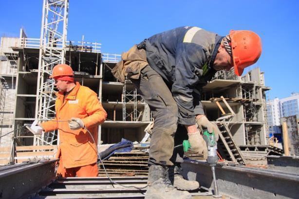 Госстройнадзор не нашел виновных в падении трех монтажников на стройке в Волгограде