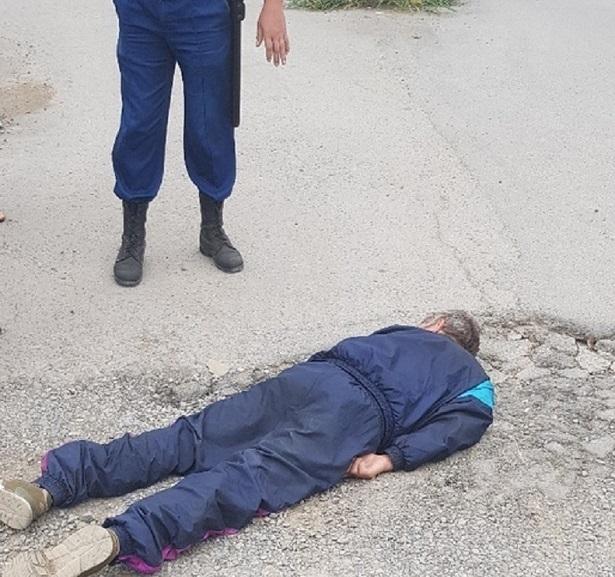 Разбил лицо в приступе эпилепсии: мужчину нашли рядом с оптовым рынком в Волжском