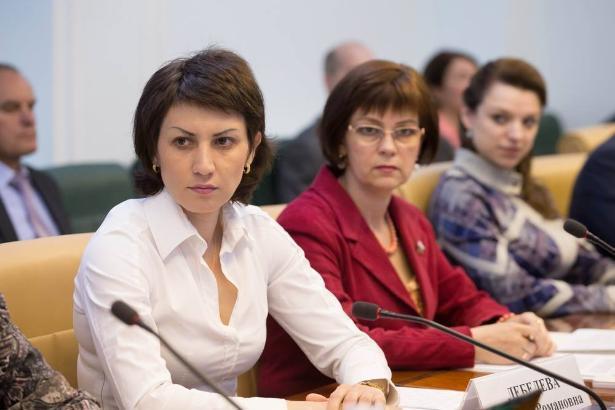 Стало известно, чем в Совете Федерации занимаются волгоградские сенаторши