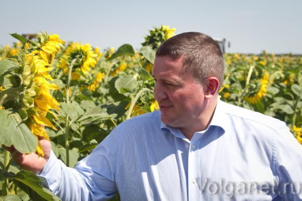 Губернатор Волгоградской области  исчез накануне своего дня рождения