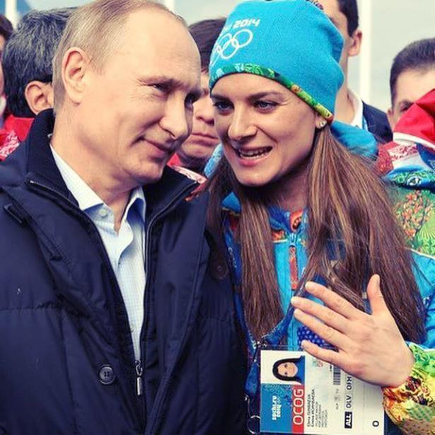 Предвыборный штаб В. Путина согласовывает 3-ю часть списка доверенных лиц для ЦИК