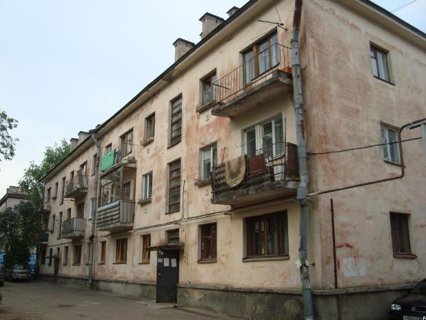 Андрей Бочаров заставил волгоградцев платить еще больше денег за квартиры