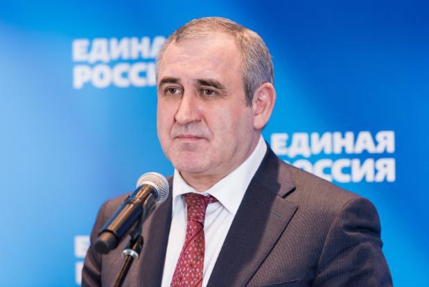 Главный единоросс страны Сергей Неверов прилетает в Волгоград