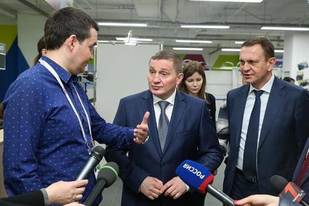 Андрей Бочаров вошел в топ-5 худших губернаторов России