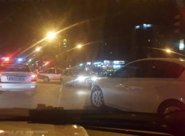 Неизвестные «подшутили» над жителем Волжского, отправив за ним четыре наряда полиции