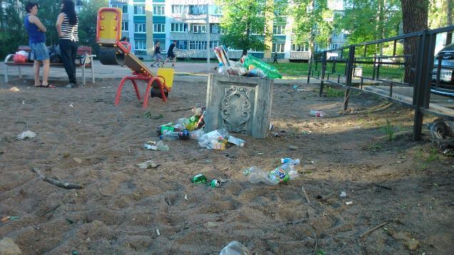 Управляющую компанию в Волгограде оштрафовали на полмиллиона рублей за мусор и грязь