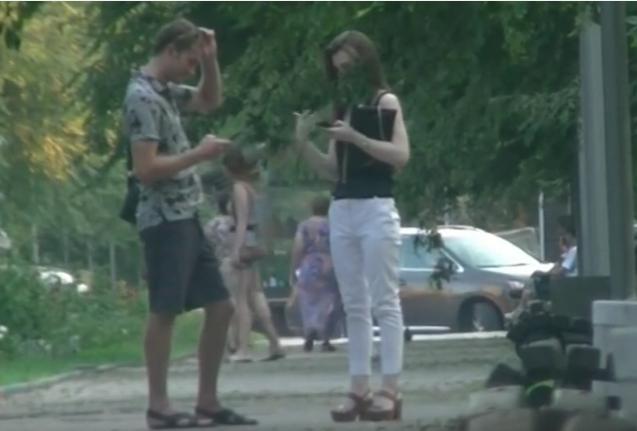 Пикаперы «сняли» в Волгограде студентку, которую никто не берет замуж