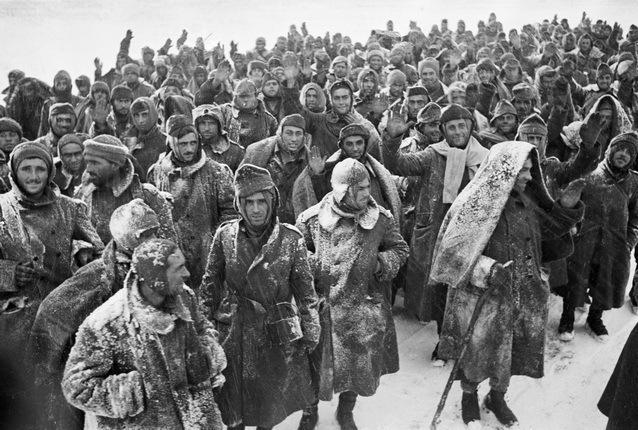 23 января 1943 года – в окруженных под Сталинградом немецких воинских соединениях растет паника и падает дисциплина