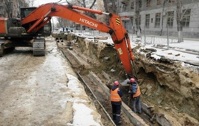 Самую ремонтируемую улицу Советскую снова перекопали волгоградские коммунальщики