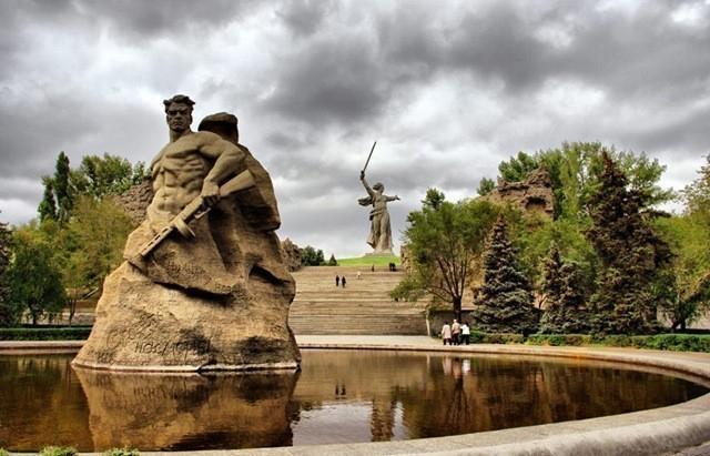 Социально-политическую устойчивость Волгоградской области снова признали пониженной