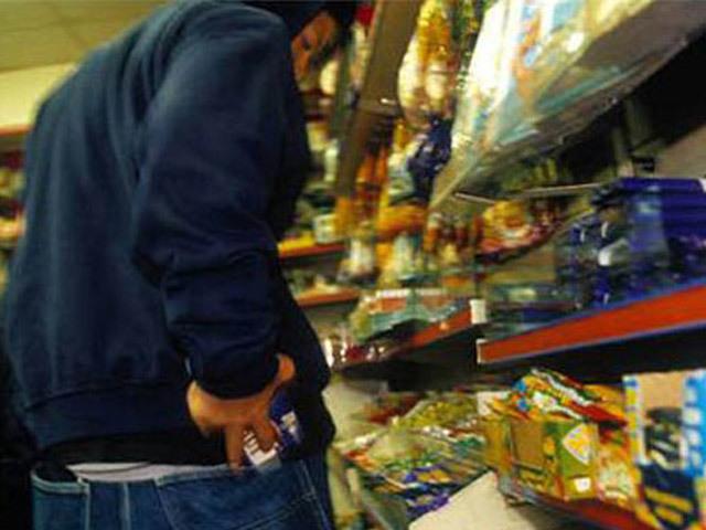Под Волгоградом школьники ответят за кражу шоколадок