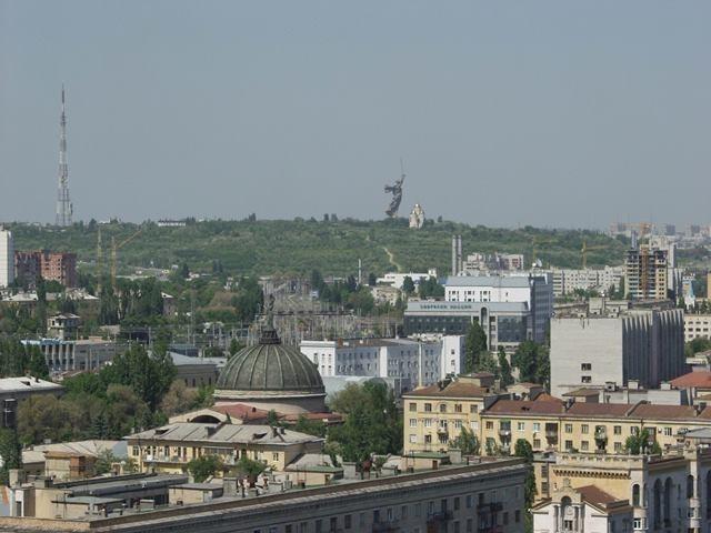 У Мамаева кургана в Волгограде