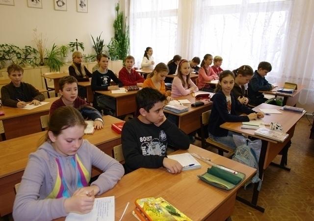 Школьники Волгограда вернутся за парту 16 января