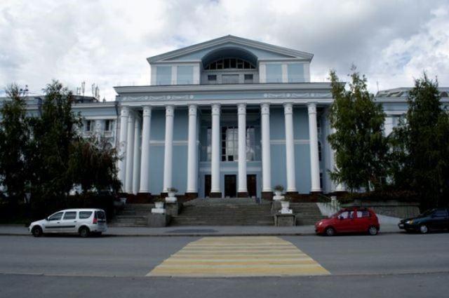 В Волгограде остановку «ДК им.Ленина» переименуют за 240 тысяч рублей