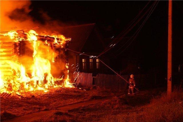 ВДаниловском районе мужчина сгорел из-за неисправной проводки