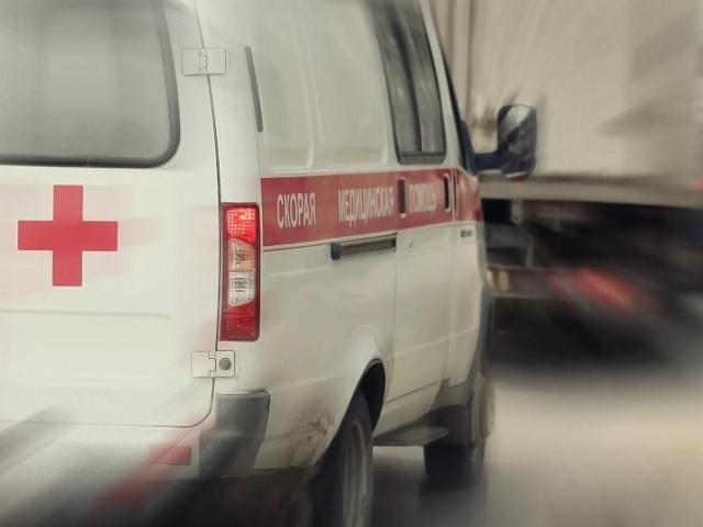 25-летний водитель устроил тройное ДТП в Волгограде: 45-летняя женщина в больнице