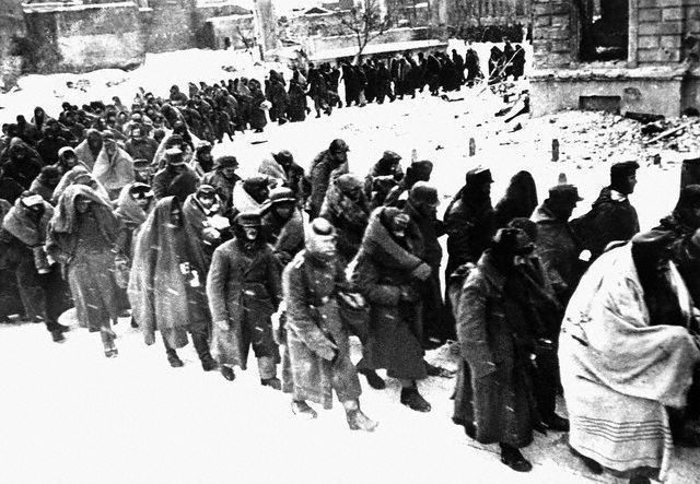 1 января 1943 года – задача по ликвидации окруженного в Сталинграде противника возлагается на Донской фронт