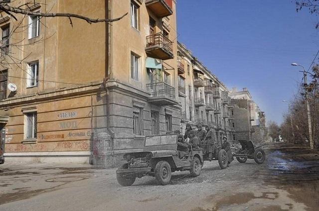 Волгоградские старики замерзают от холода в неотапливаемом довоенном доме, за который отдают больше половины пенсии