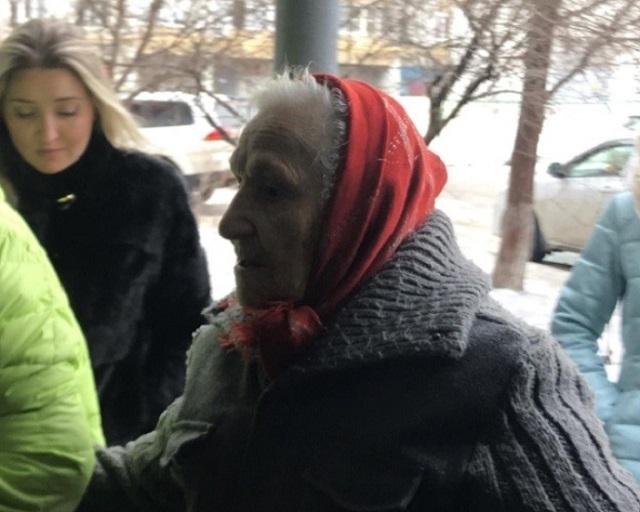 90-летняя пенсионерка променяла квартиру на любимый сарайчик в Волгограде