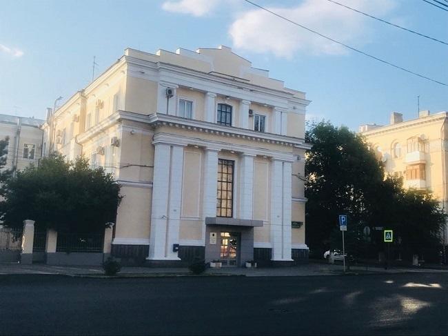 Депутатов Волгограда эвакуировали из здания гордумы из-за письма о минировании