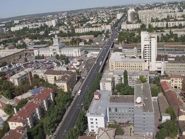 В центре Волгограда 7,8 и 9 мая перекроют движение транспорта