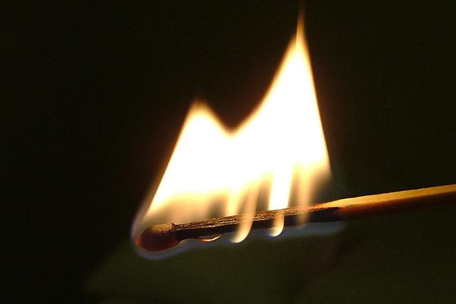 Семья из Волгоградской области осталась без дома из-за поджога