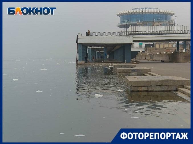 Уникальный осенний паводок попал в объектив волгоградского фотографа
