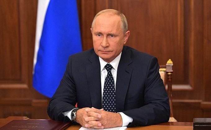 Путин высказал протест против поднятия пенсионного возраста женщинам на 8 лет