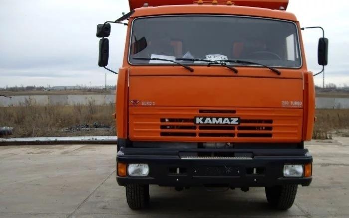 Водитель Daewoo Nexia в Волгоградской области выехал на «встречку» и врезался в КамАЗ
