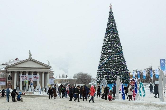 «Новогодней газировкой» угостят волгоградцев на площади Павших борцов