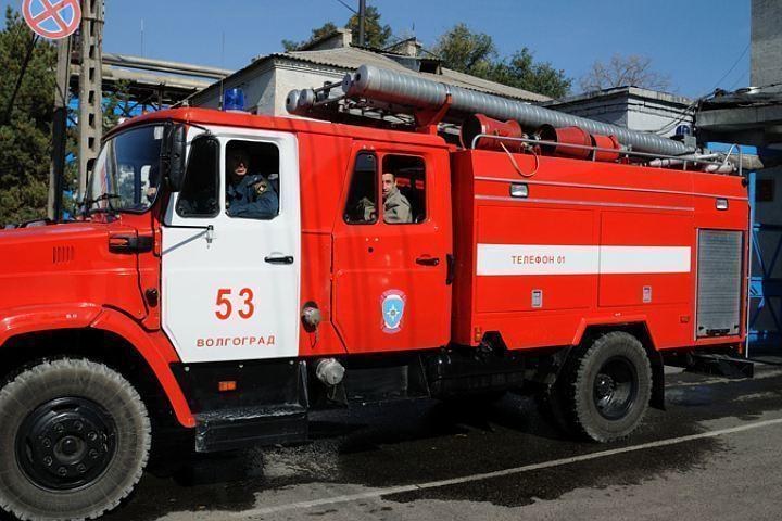 Впожаре насевере Волгограда умер мужчина
