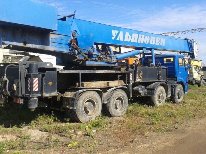 Волгоградцы продали москвичам чужой автокран наполтора млн руб.