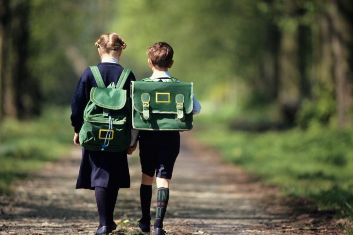 Здоровье маленьких детей оказалось в опасности на уроках из-за руководства школы Котельниково