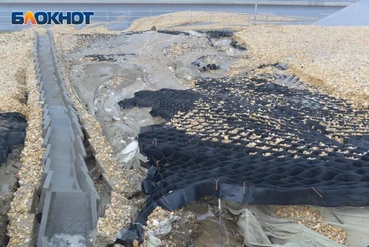 Дорогу у стадиона «Волгоград Арена» едва не смыло из – за ливневой канализации