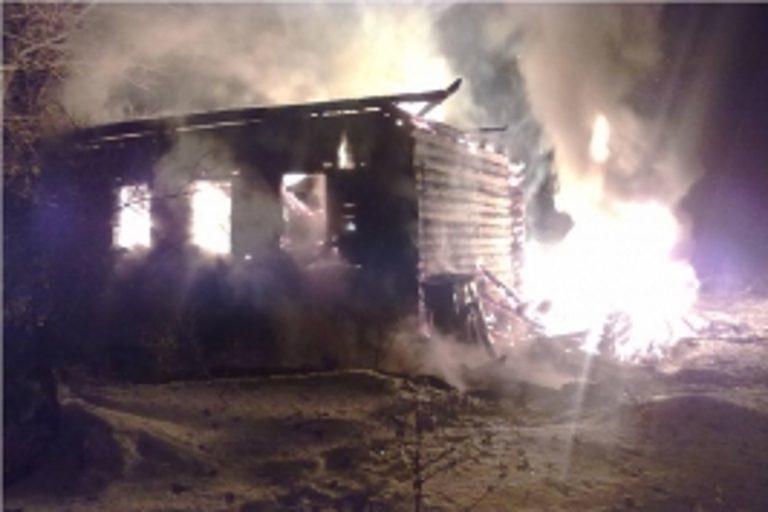 Мужчина живьем сгорел при пожаре вВолгоградской области