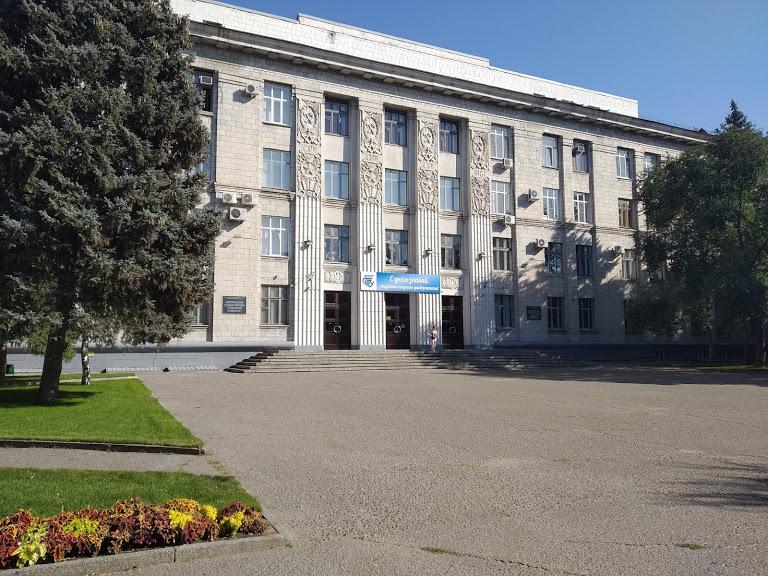 Турникет с распознаванием лиц установит в волгоградском политехе фирма по ремонту космических кораблей