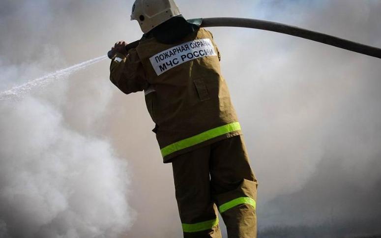 Сразу две бани пришлось тушить волгоградским пожарным  за сутки
