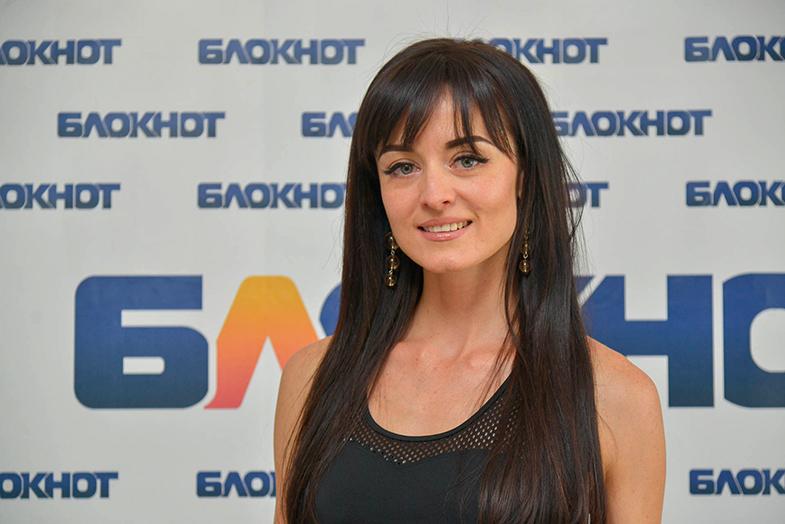 Любительница путешествий Оксана Трухина в конкурсе «Мисс Блокнот-2019»