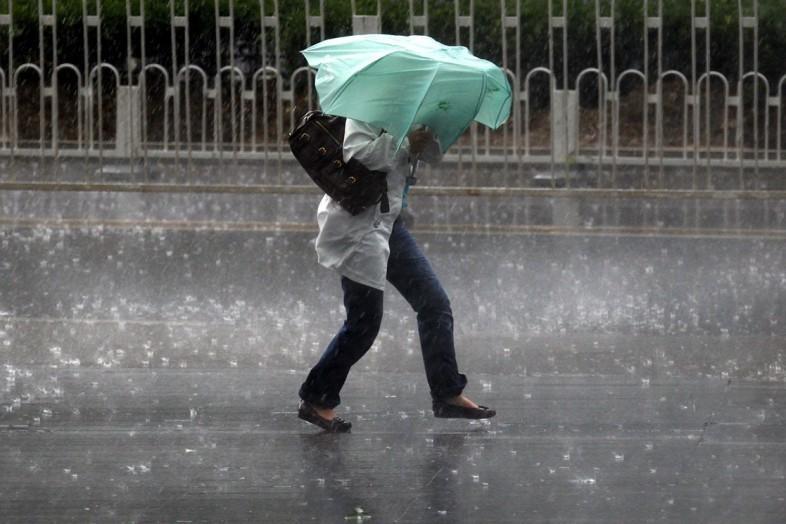 ВВолгоградской области объявили штормовое предупреждение