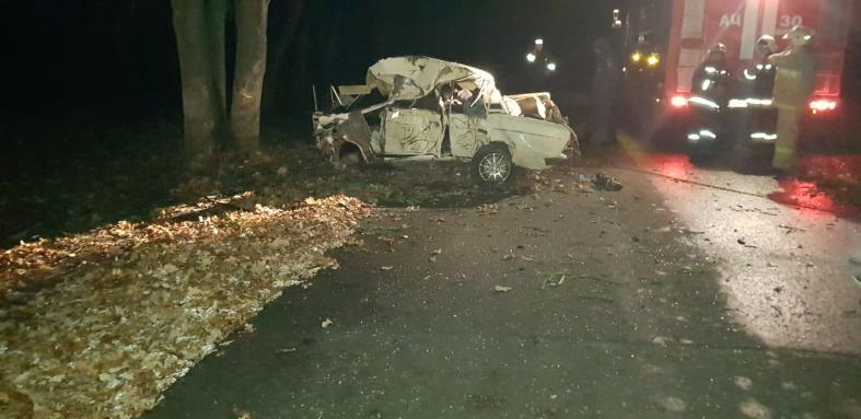 Смертельная гонка: погибли четверо совсем еще юных парней и девушек в аварии под Волгоградом