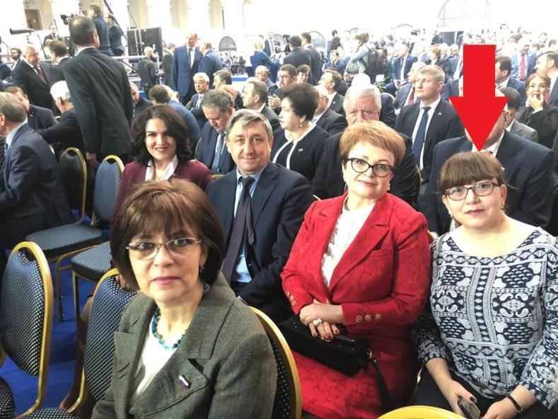 Лидер волгоградских профсоюзов Татьяна Гензе пришла к Путину в странной одежде