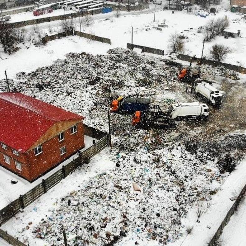 Региональные власти заявили: мусорный коллапс продлится до 15 февраля